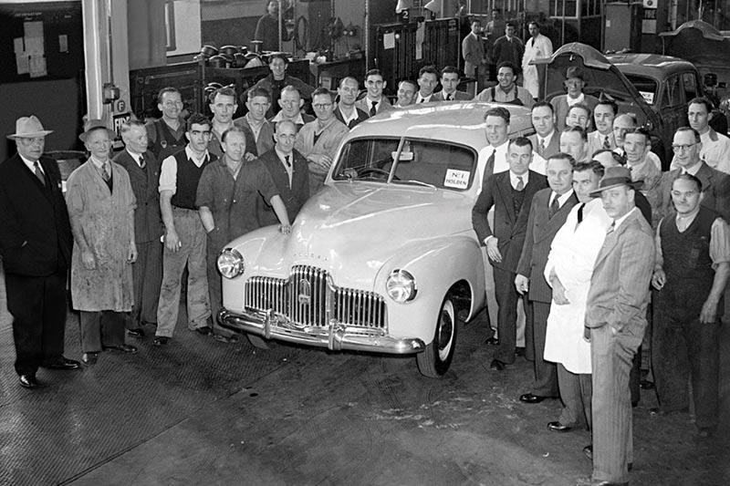 Holden -3