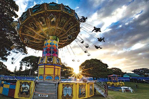 Queenscliff -Music -Festival -flying -swing -ride