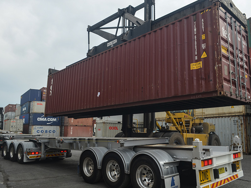 Container loading at the Millperra yard