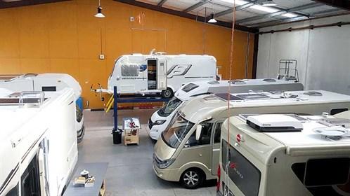 Motorhomes -caravans