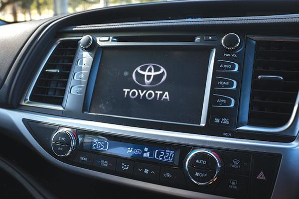 Toyota -Kluger -GXL-8