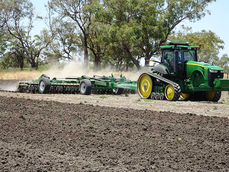 The K-Line speedtiller working a paddock