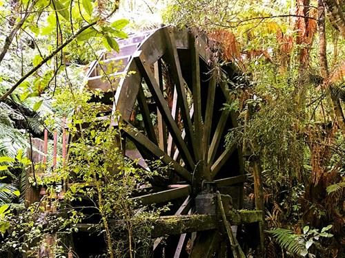 The -waterwheel -which -still -functions -IMG_2933