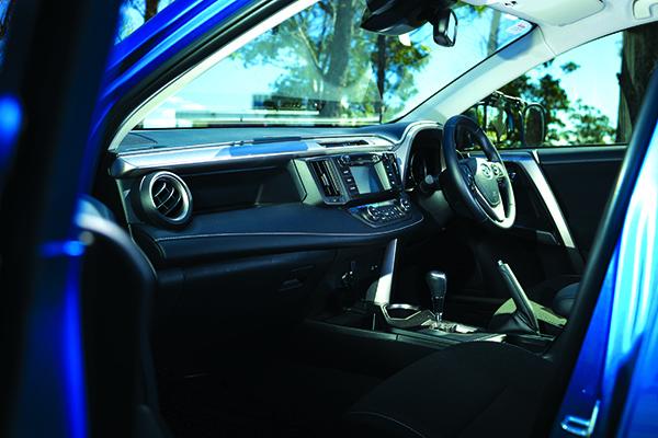 Toyota RAV4 Cruiser 5