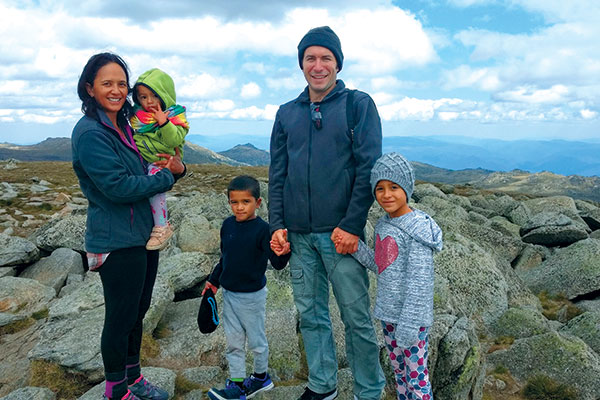 Family -at -Mt -Kosziousko -Summit