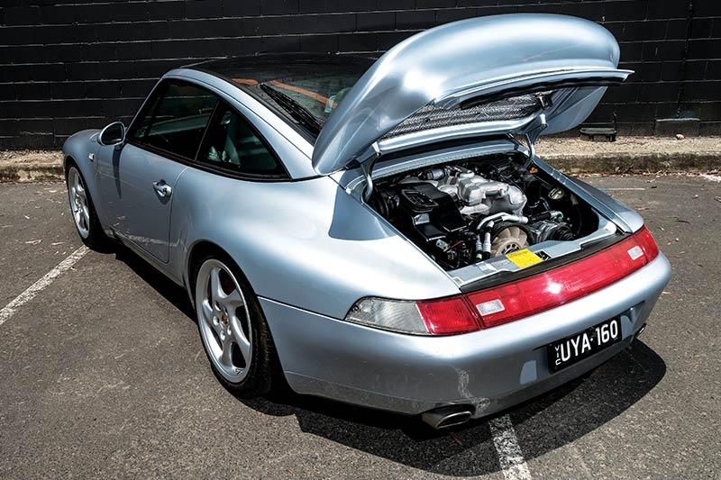 Porsche -993-engine