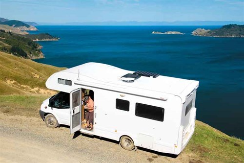 Views -over -Pelorus -Sound -from -the -road