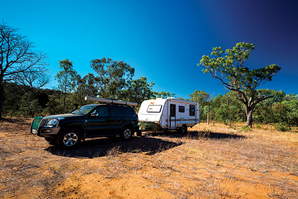 Car -towing -Country -X-caravan