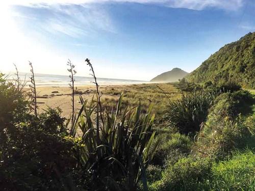 Walks -on -the -Karamea -beaches -are -open -to -the -wild -sea