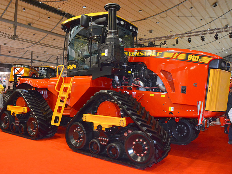 The DeltaTrack on display at Agritechnica 2017