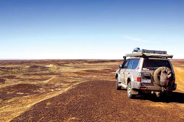 Kati -Thanda -Lake -Eyre -car -looking -out -towards -ABC-Bay