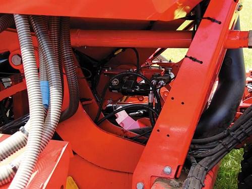 Hydraulic -metering