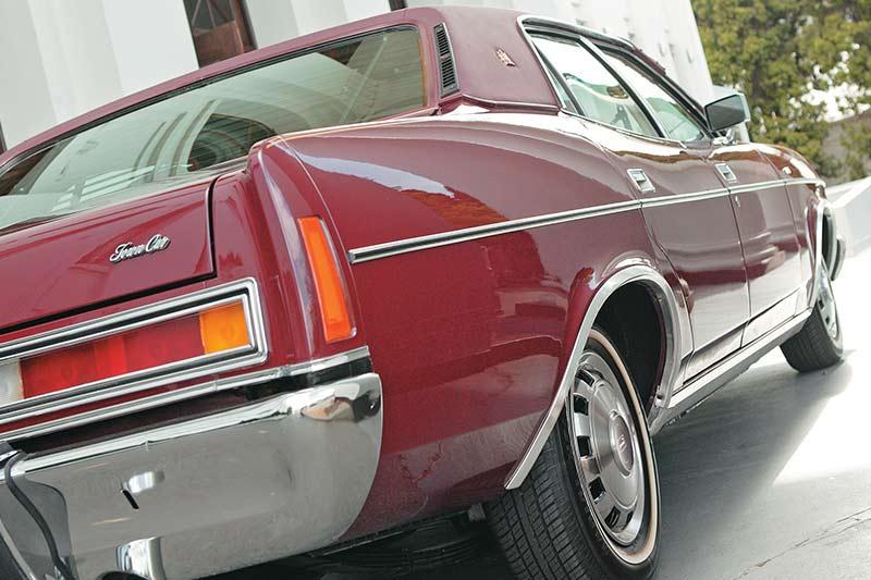 Ford -ltd -rear