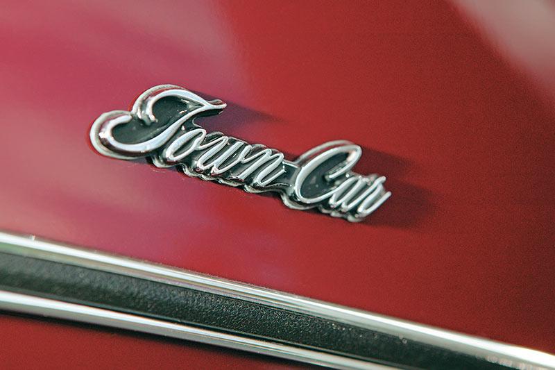 Ford -ltd -badge