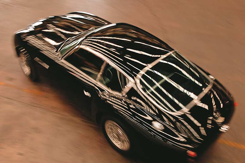 Aston -martin -3
