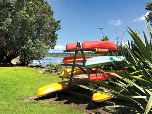 Hire -a -kayak -and -circle -the -island -by -water