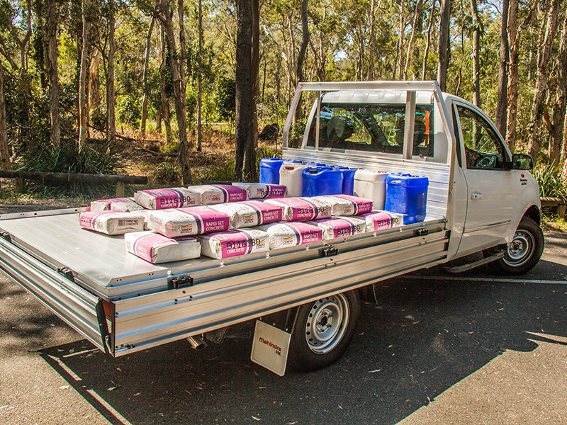 The optional 2.7 metre tray provides plenty of real estate for a load.