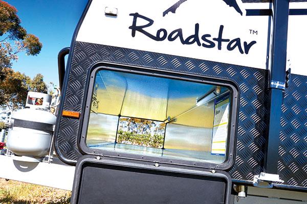Roadstar -Voyager -5