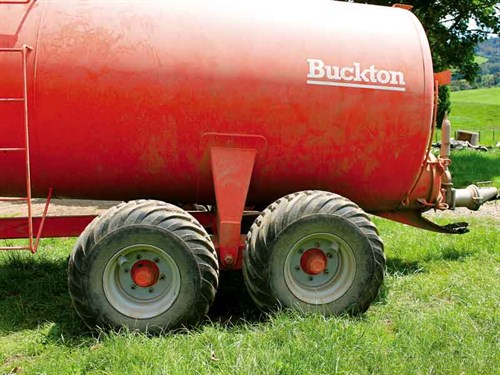 Buckton _SL7500_2