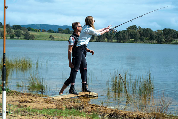 A-couple -fishing -in -Grampians -VIC
