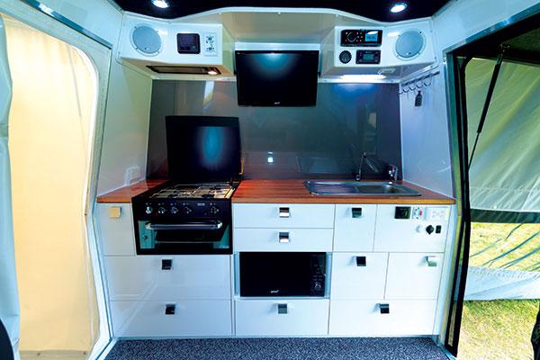 BRS-Offroad -Pursuit -Platinum -interior