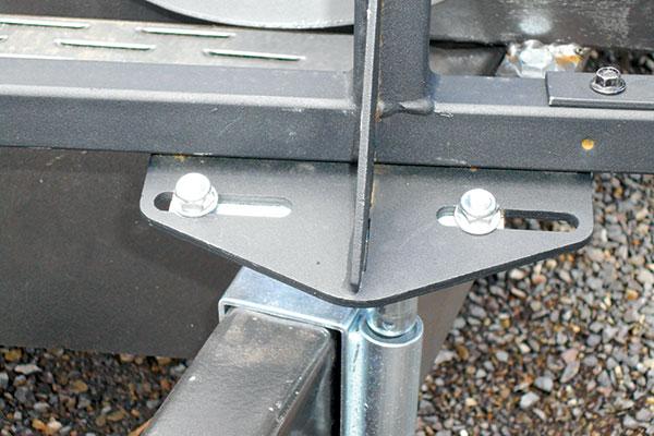 Assembling -caravan -stoneguard -frame -5