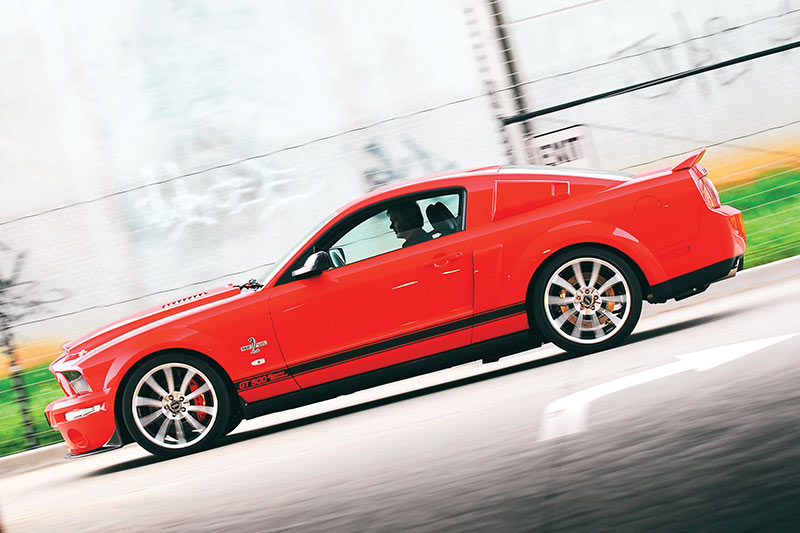 Shelby -gt 500-super -snake -side