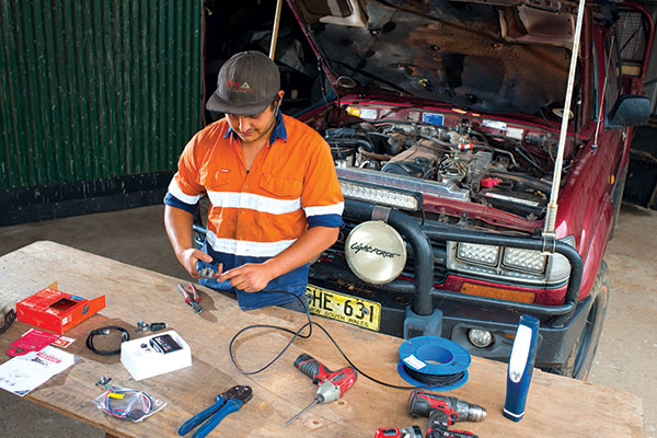 DIY-Install -an -electric -brake -controller -1