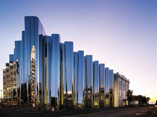Facade -of -the -Govett -Brewster -Art -Gallery ---Len -Lye -Centre -in -New -Plymouth ---credit -Patrick -Reynolds