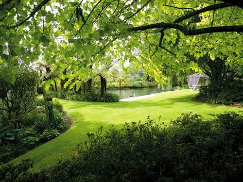 Scenic -Garden -in -Taranaki ---Credit -Rob -Tucker