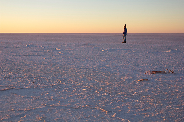 Sunrise -over -Lake -Eyre