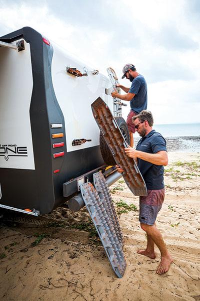 Caravan -stone -protection