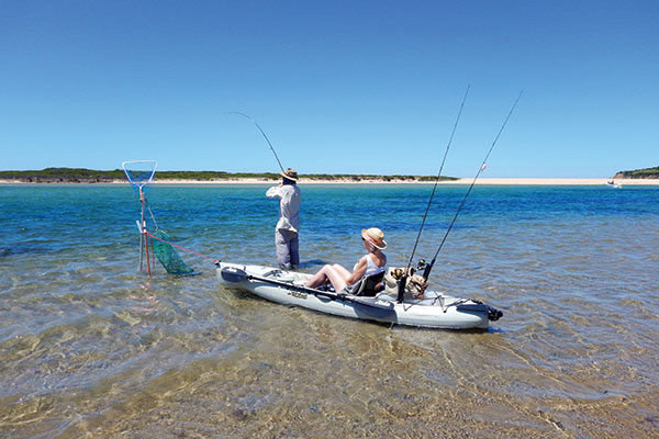 People -fishing -in -Mallacoota -Victoria -2