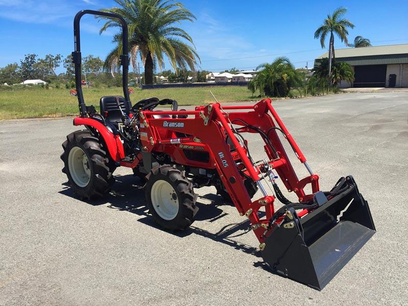 Branson -3100h -tractor
