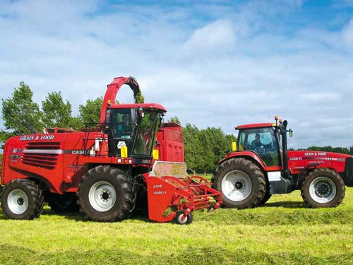 Harvesting -grass -silage -for -a -farming -client