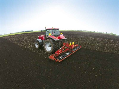 Power -harrowing -a -maize -paddock