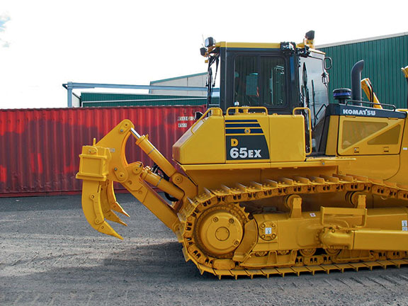 The Lewis Ripper on the back of a Komatsu 65ex dozer