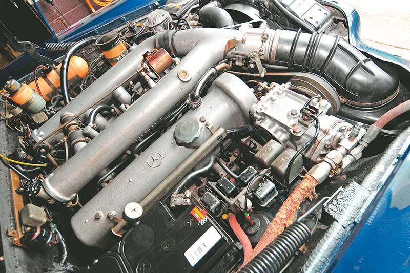 Mercedes -benz -pullman -engine