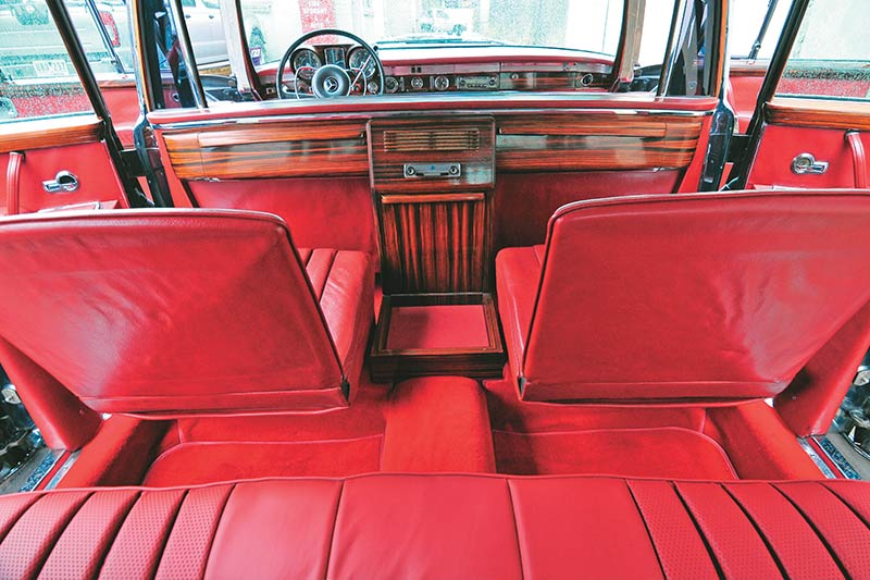 Mercedes -benz -pullman -interior