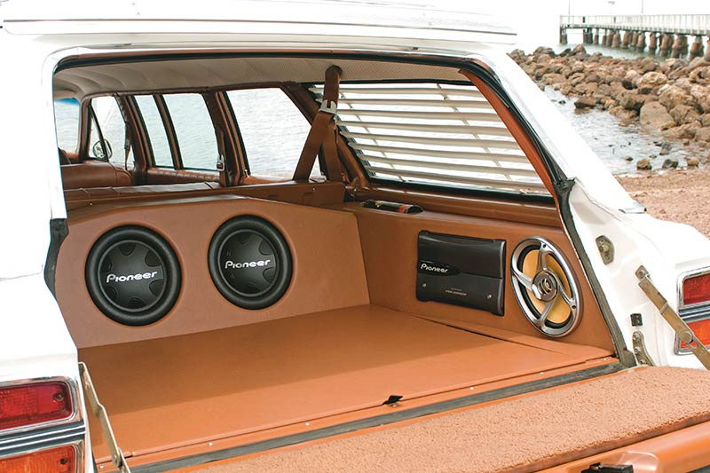 Ford -falcon -xy -stretch -interior -rear