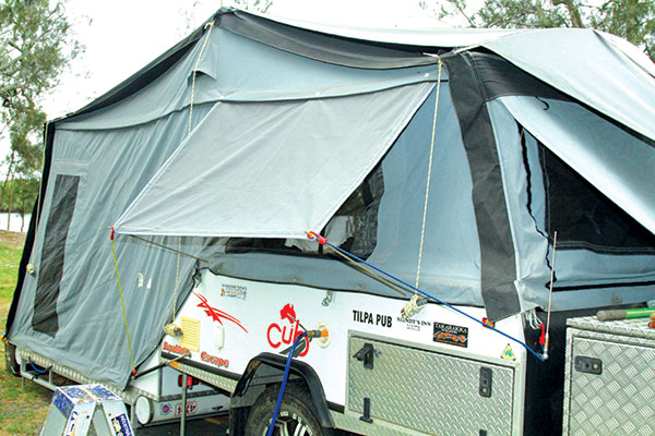 Window -shade -on -a -camper -trailer