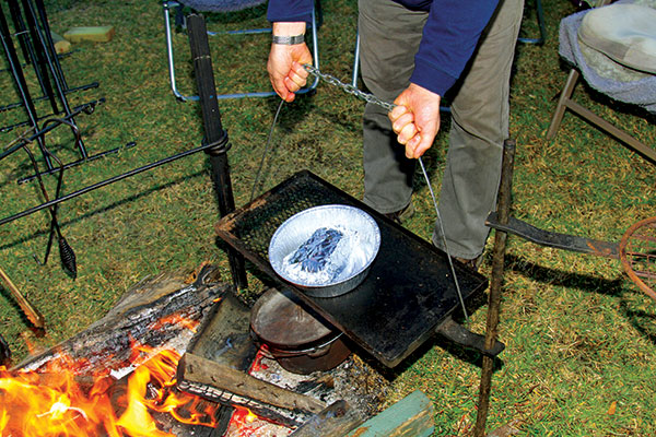 Camp -fire -cooking