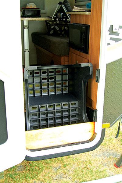 Caravan -doorstep -DIY