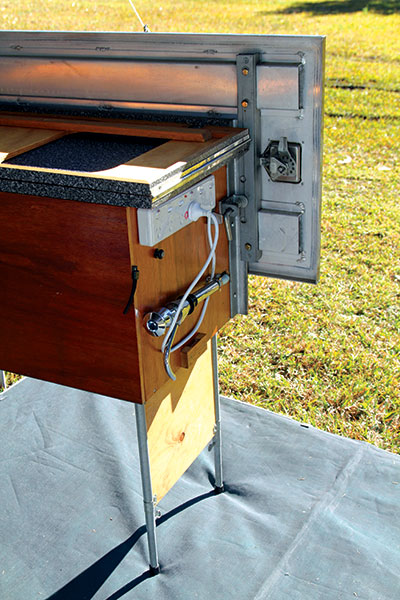 Adjustable -kitchen -DIY-for -camping