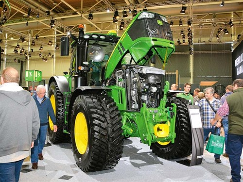 JD-6R-tractor