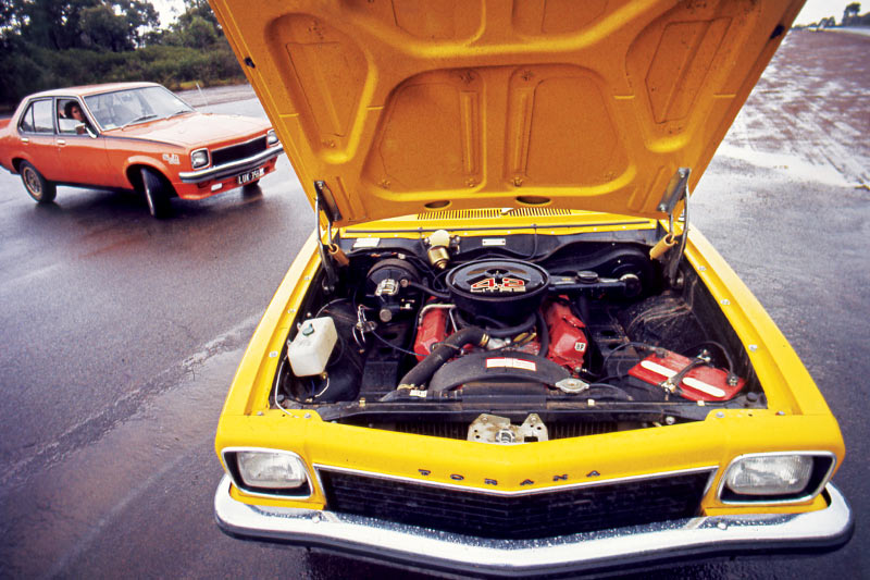 Holden -torana -engine -bay