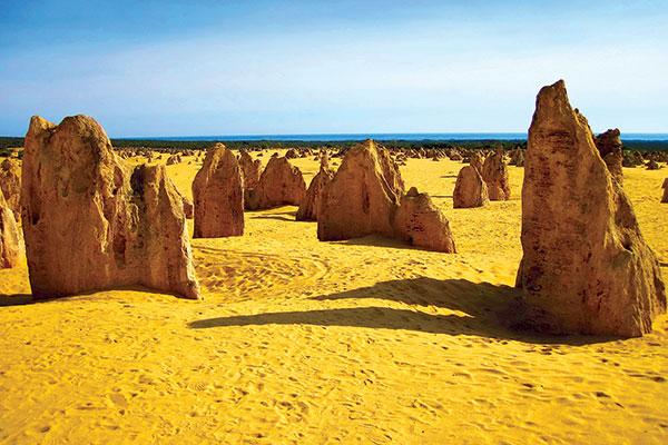 Rock -formations -at -Pinnacles -WA