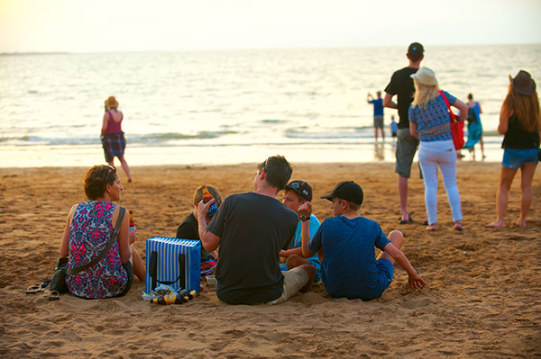 Family -at -the -Mindi -beach -in -NT
