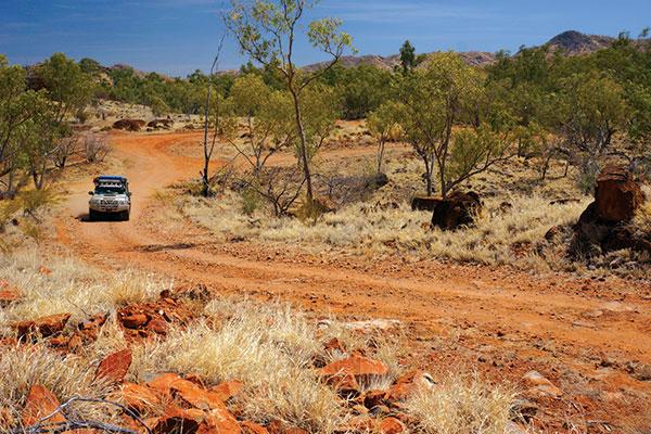 4WD-tracks -across -the -Selwyn -Ranges