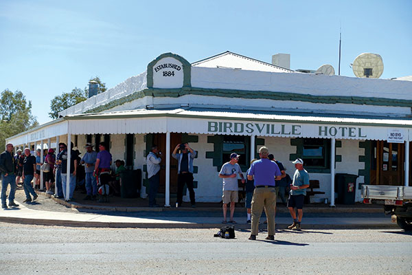The -Birdsville -pub